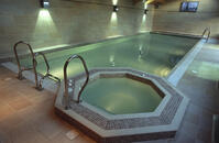 18mm Render to Pool Walls & 25mm Screed to Pool Floor, Tumbled Marble Mosaic Tile Finish